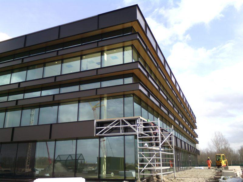CSMART Arison Maritime Center en Hotel te Almere