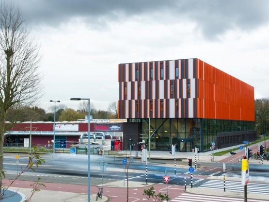 Hout- en Meubileringscollege te Rotterdam